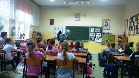Lekcje o misjach w Szkole Podstawowej nr 3 w Białej Podlaskiej