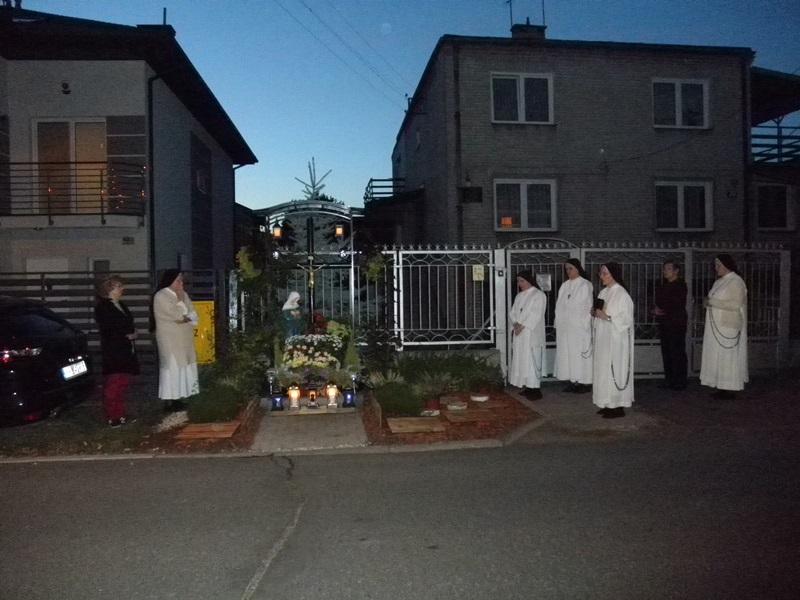 """Polska pod Krzyżem"" przy klasztorze Sióstr Dominikanek Misjonarek"